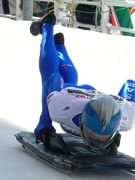 Fil:Brady Canfield skeleton start 2.jpg