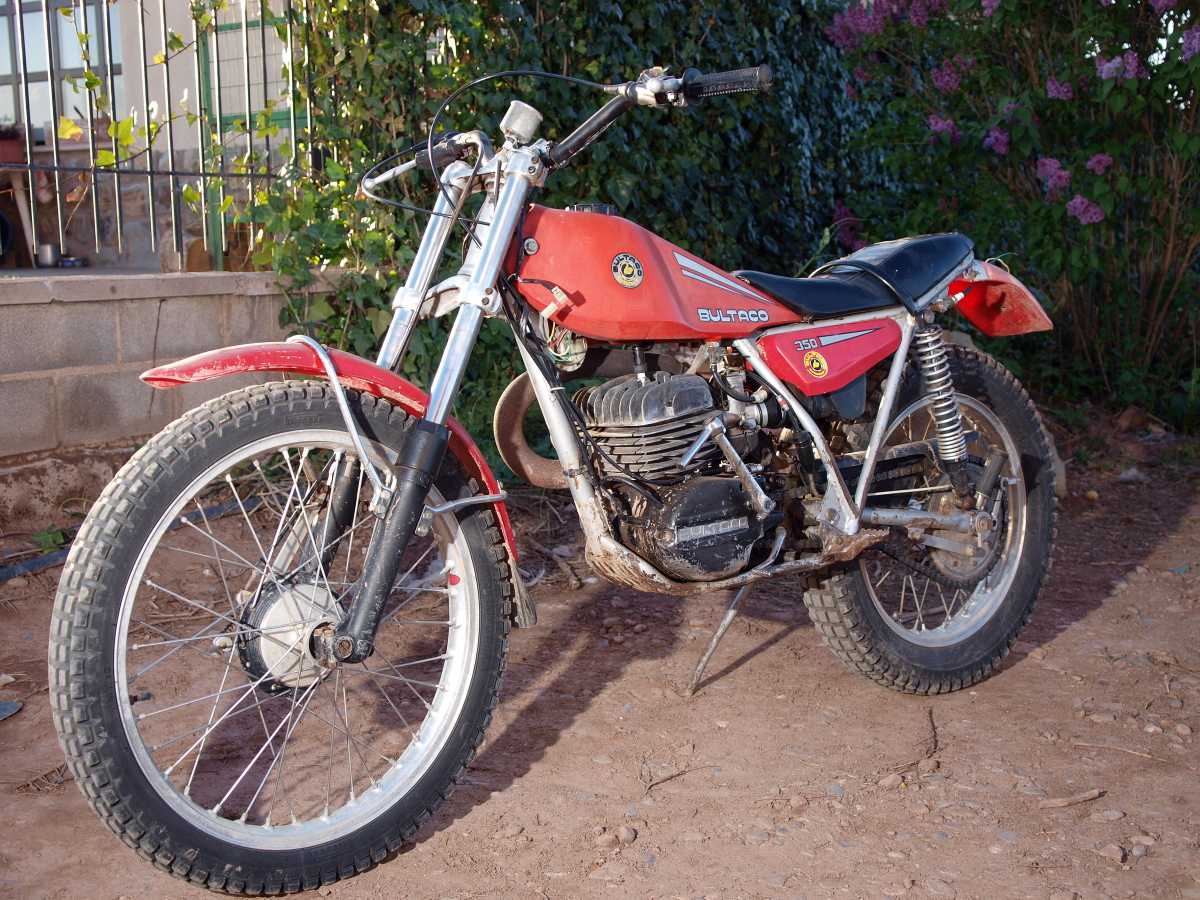 File:Bultaco Sherpa 350cc 2T 1978 jpg - Wikimedia Commons