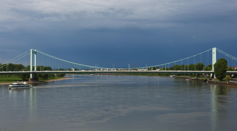Cologne Germany Mülheimer-Brücke-02.jpg