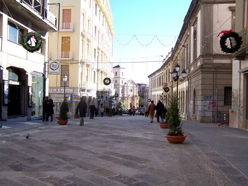 File wikimedia commons for Centro convenienza arredi catanzaro catanzaro cz