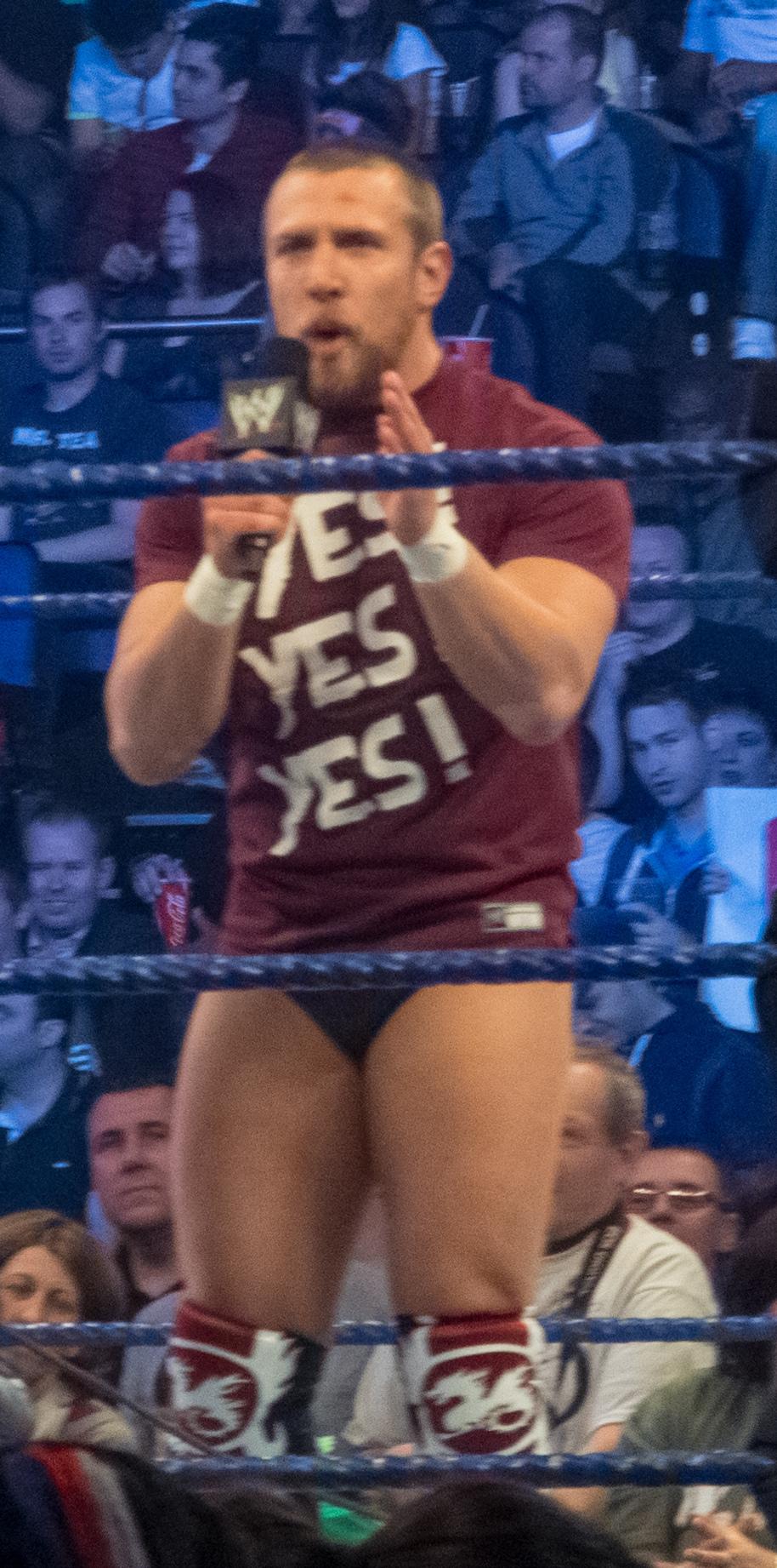 WWE velocità dating promo