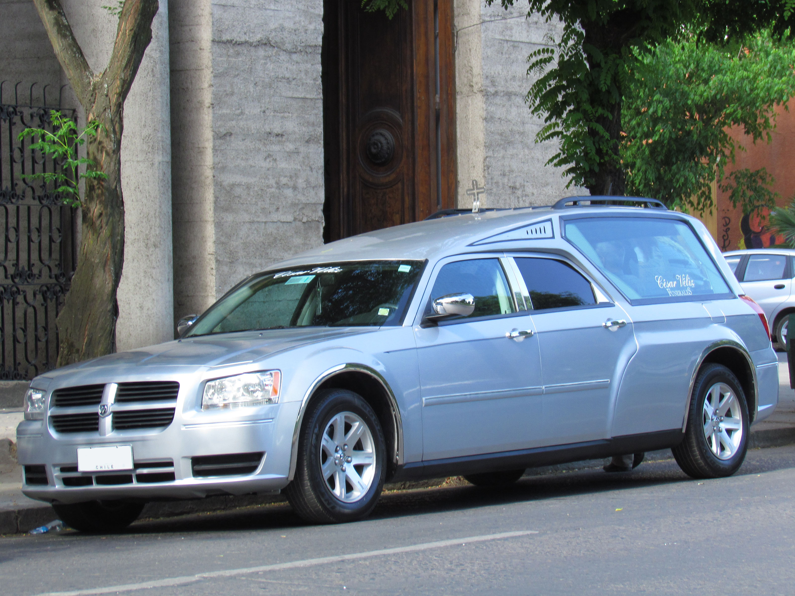 File Dodge Magnum Hearse 11198490345 Jpg Wikimedia Commons
