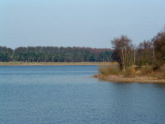 Eccup Reservoir - geograph.org.uk - 141540