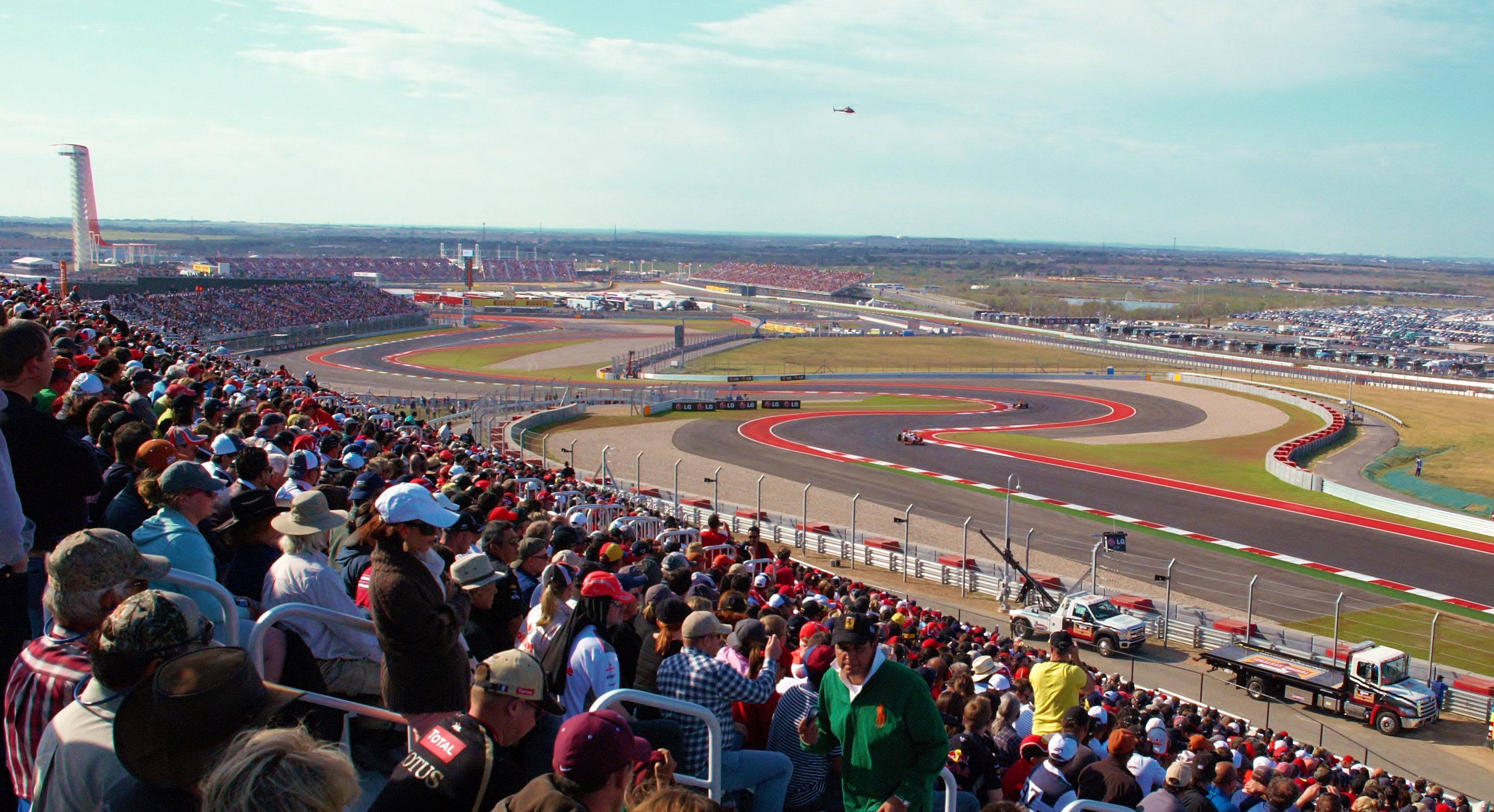 File:F1-usgp-2012-crowds-austin-texas.jpg - Wikimedia Commons