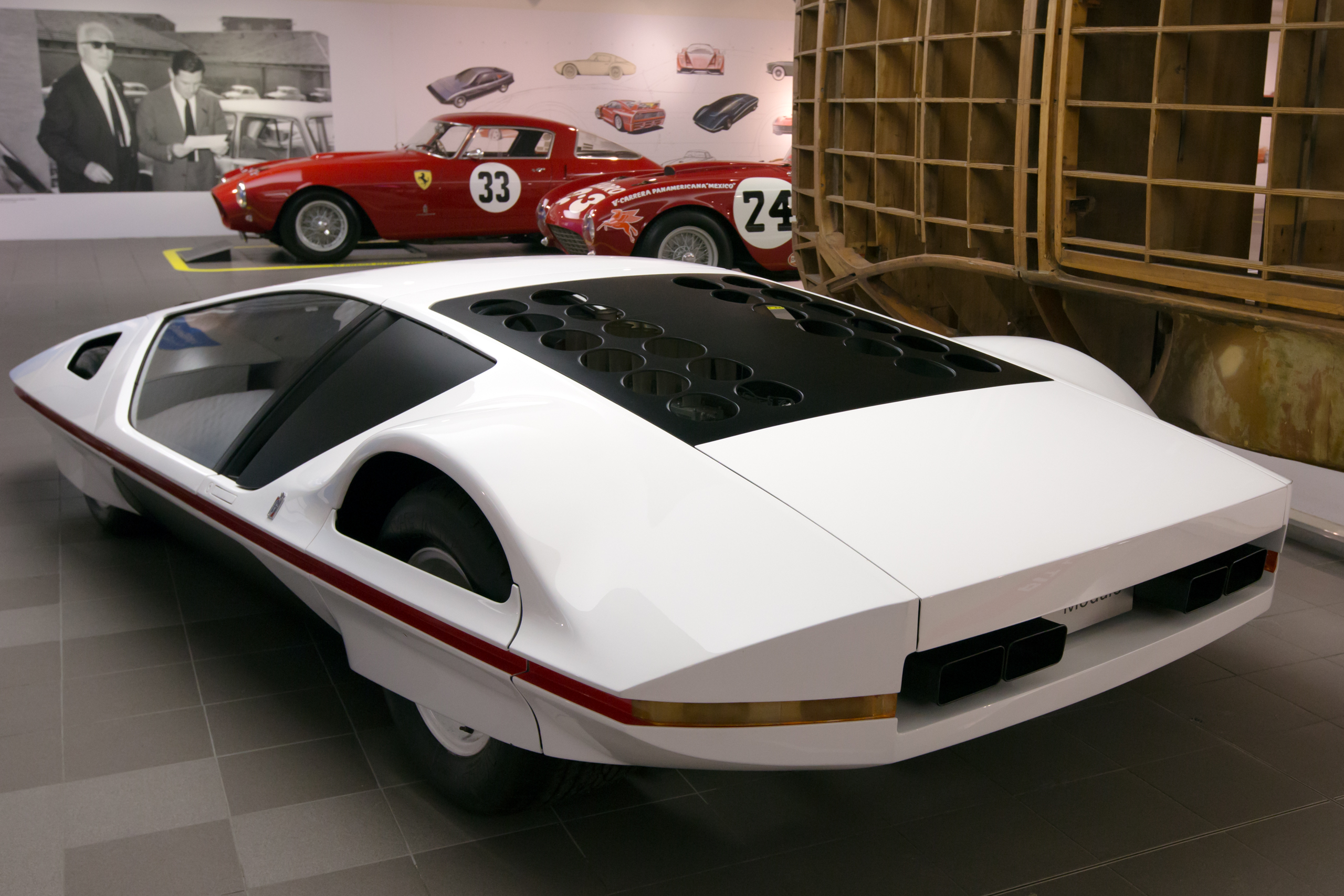 File:Ferrari Modulo rear-left Museo Ferrari.jpg ...