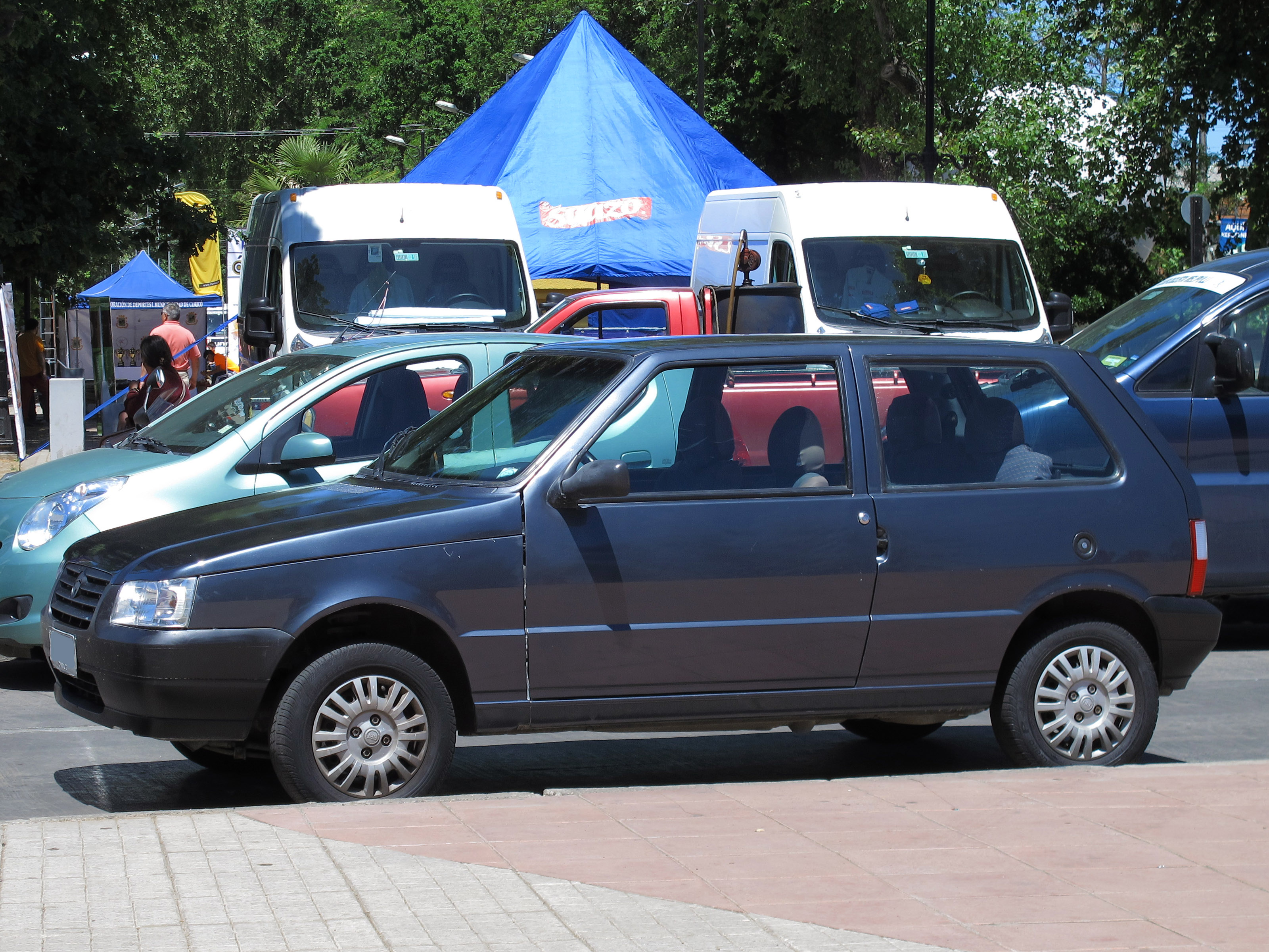 File:Fiat Uno 1.3 Fire 2006 (15146562113).jpg
