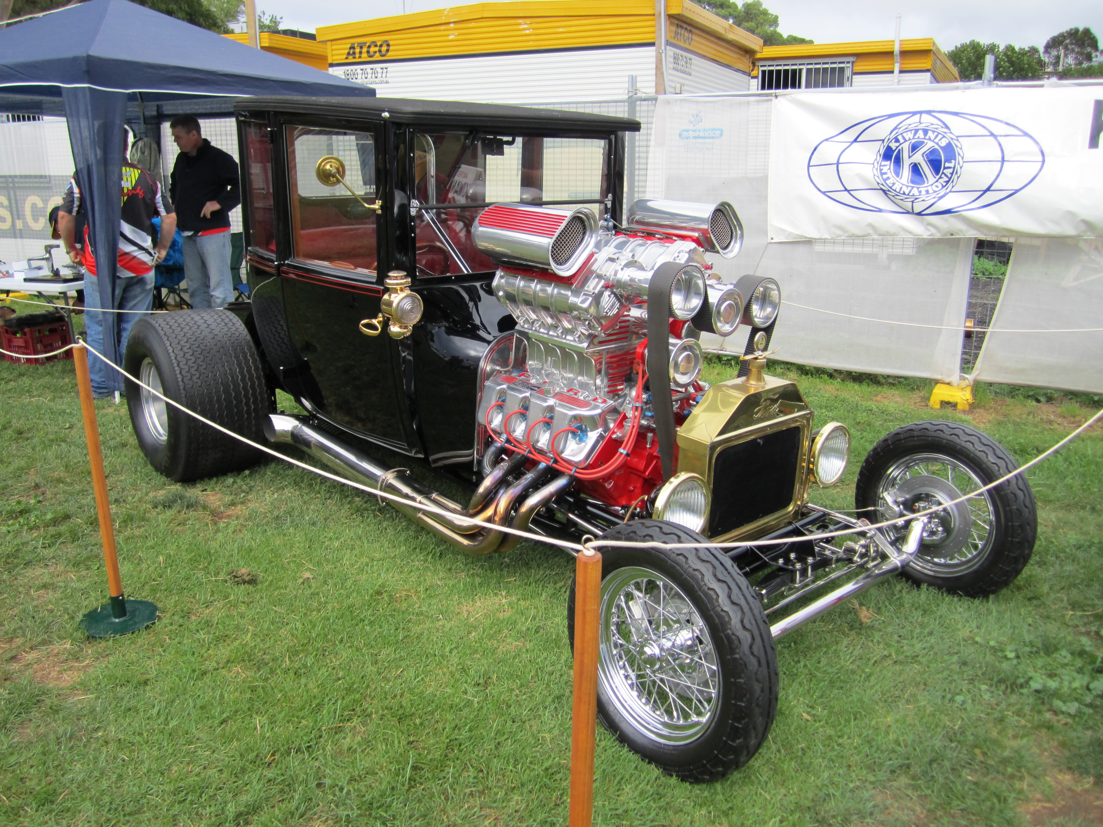 File:Ford Model T Hot Rod.jpg - Wikimedia Commons