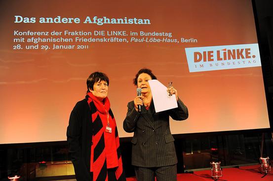 Helga Reidemeister and Luc Jochimsen.jpg
