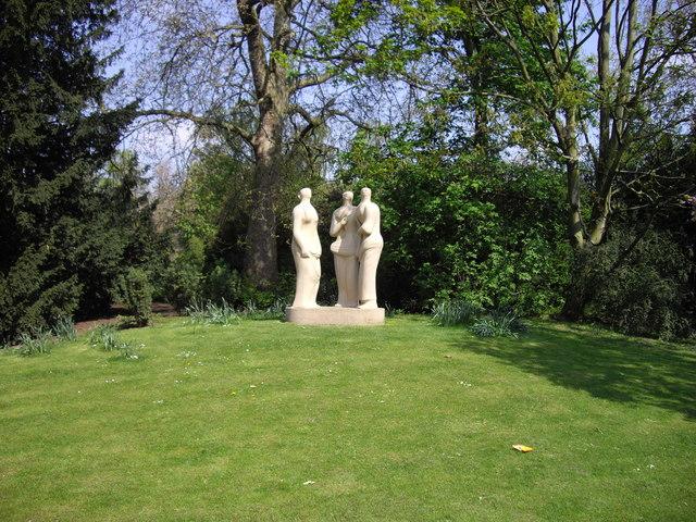 Henry Moore's Three Standing Figures Battersea Park - geograph.org.uk - 1259830
