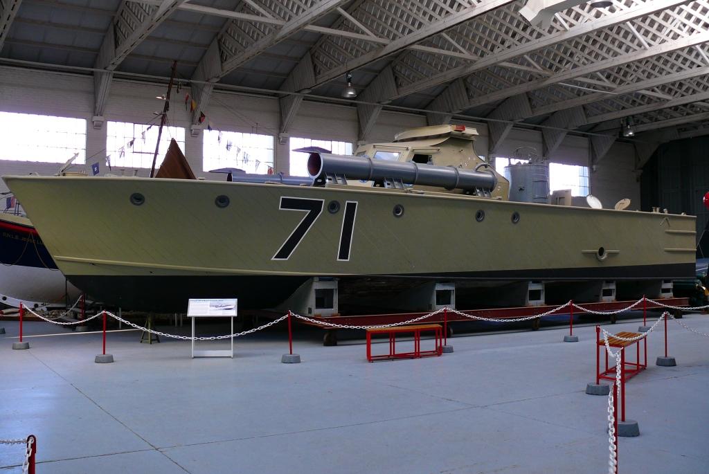 vosper 73 ft motor torpedo boat wikipedia. Black Bedroom Furniture Sets. Home Design Ideas