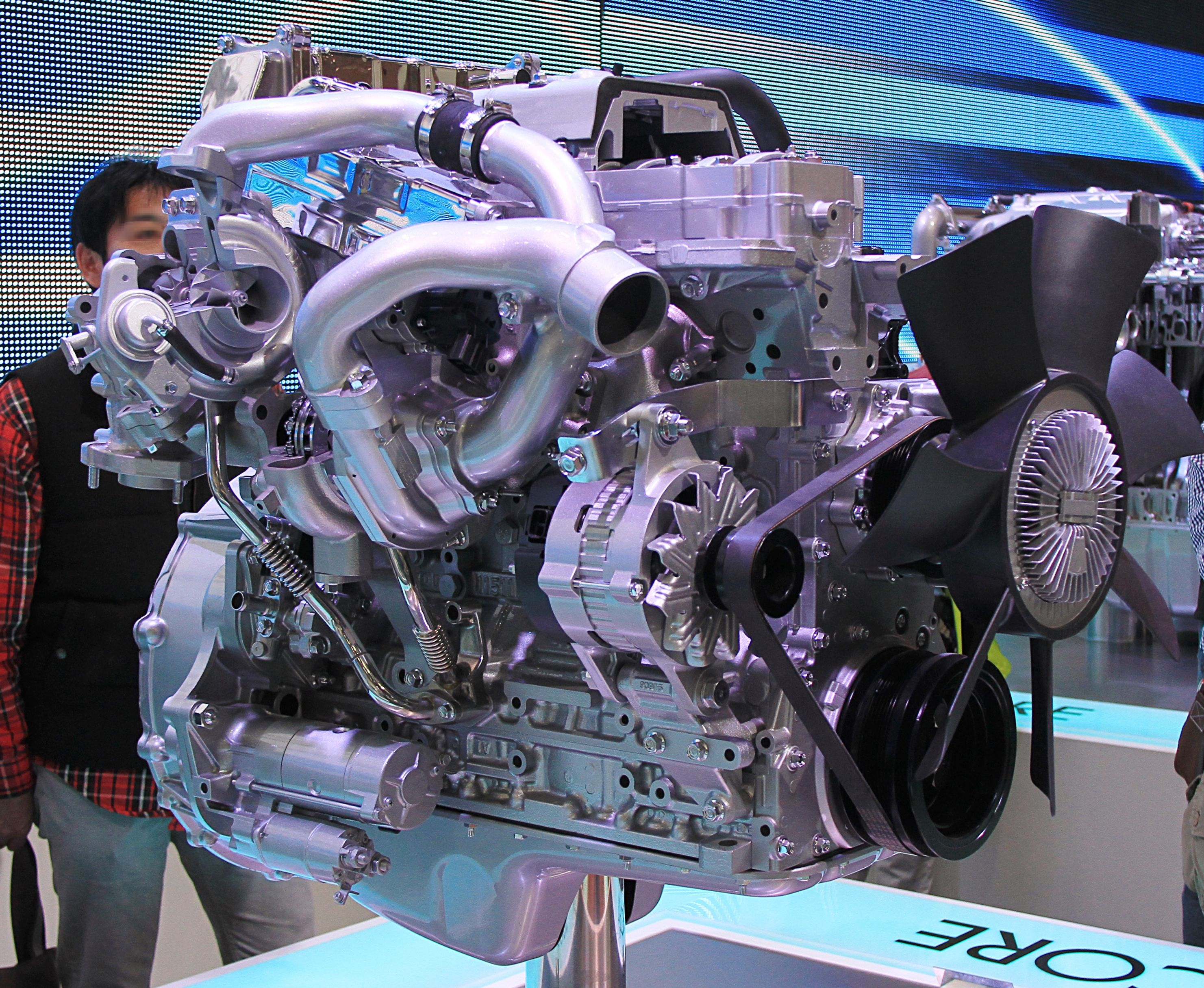 File:Isuzu 4HK1-TCH engine jpg - Wikimedia Commons