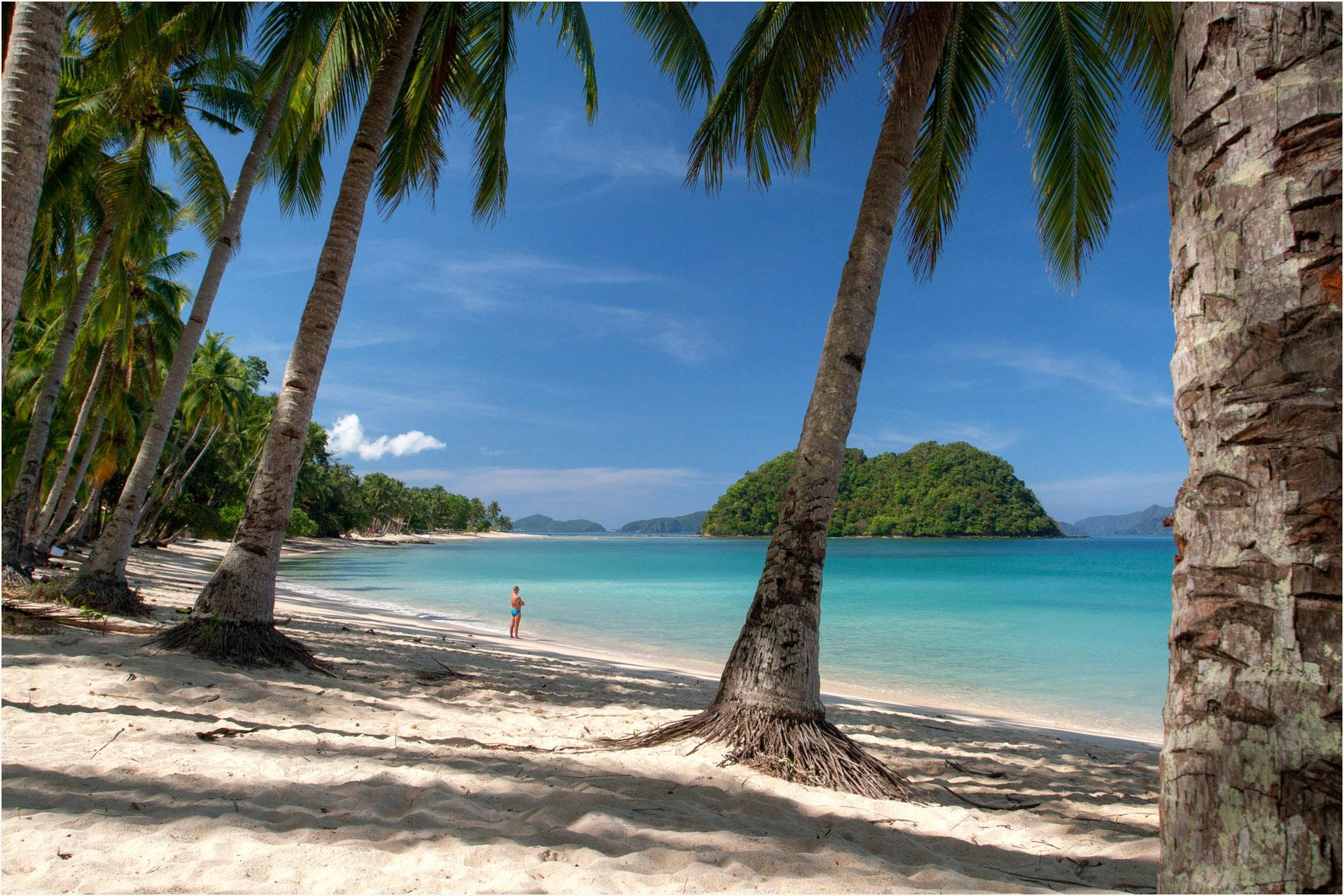 File:Las Cabanas Beach - panoramio (1).jpg - Wikimedia Commons
