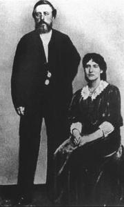 Eleanor Marx with Wilhelm Liebknecht in 1886.