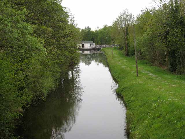 Lough Allen Canal at Droumhierny - geograph.org.uk - 1654531