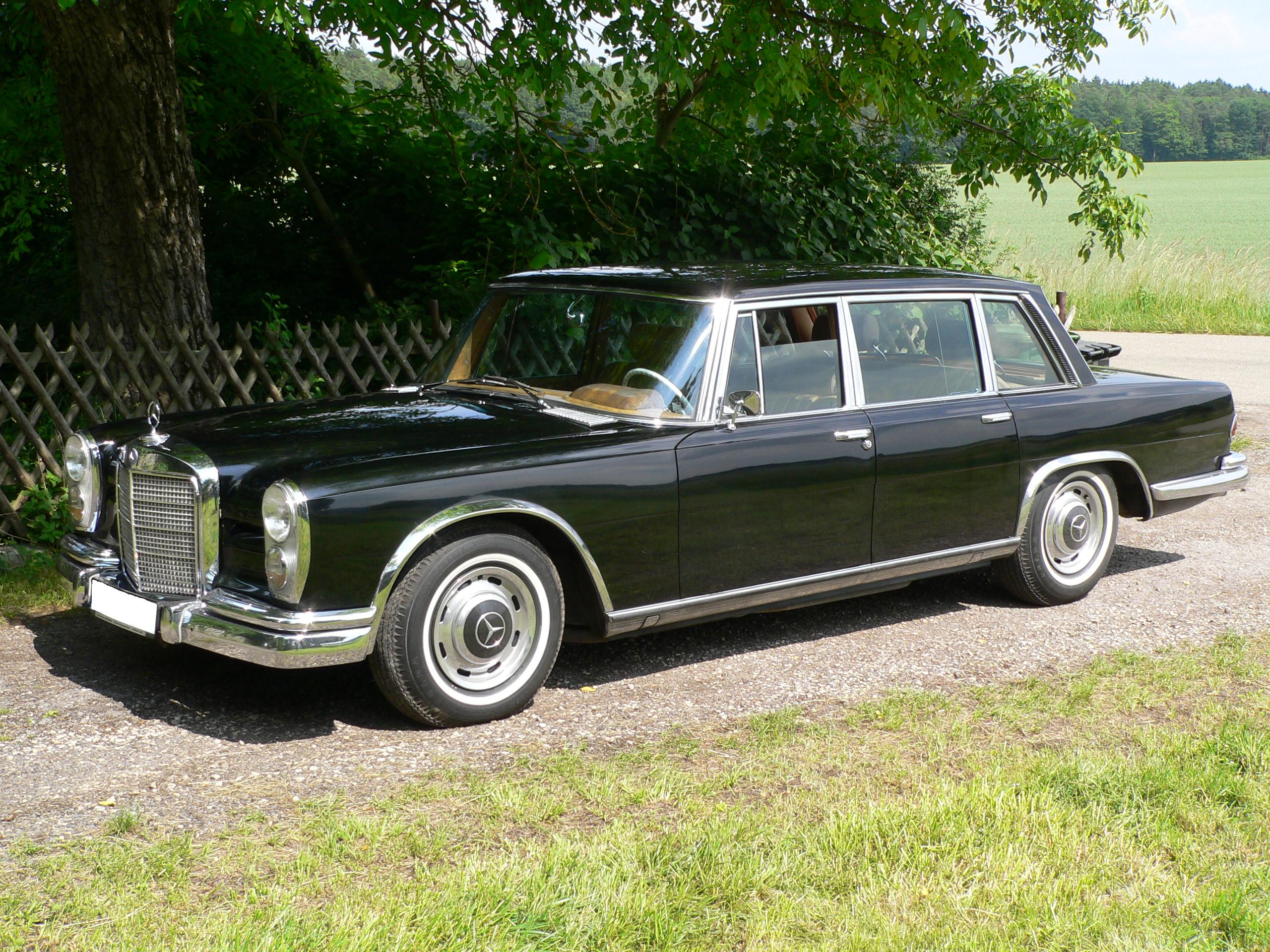 File mb 600 swb jpg wikimedia commons for Mercedes benz 600s