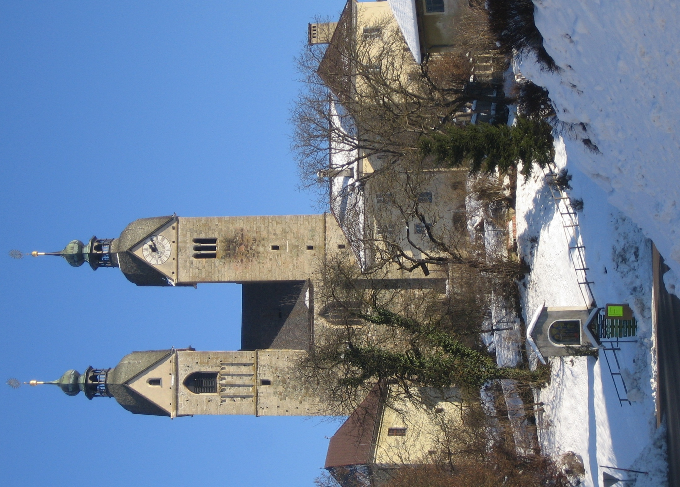 Cerkev Marijinega vnebovzetja, Gospa Sveta