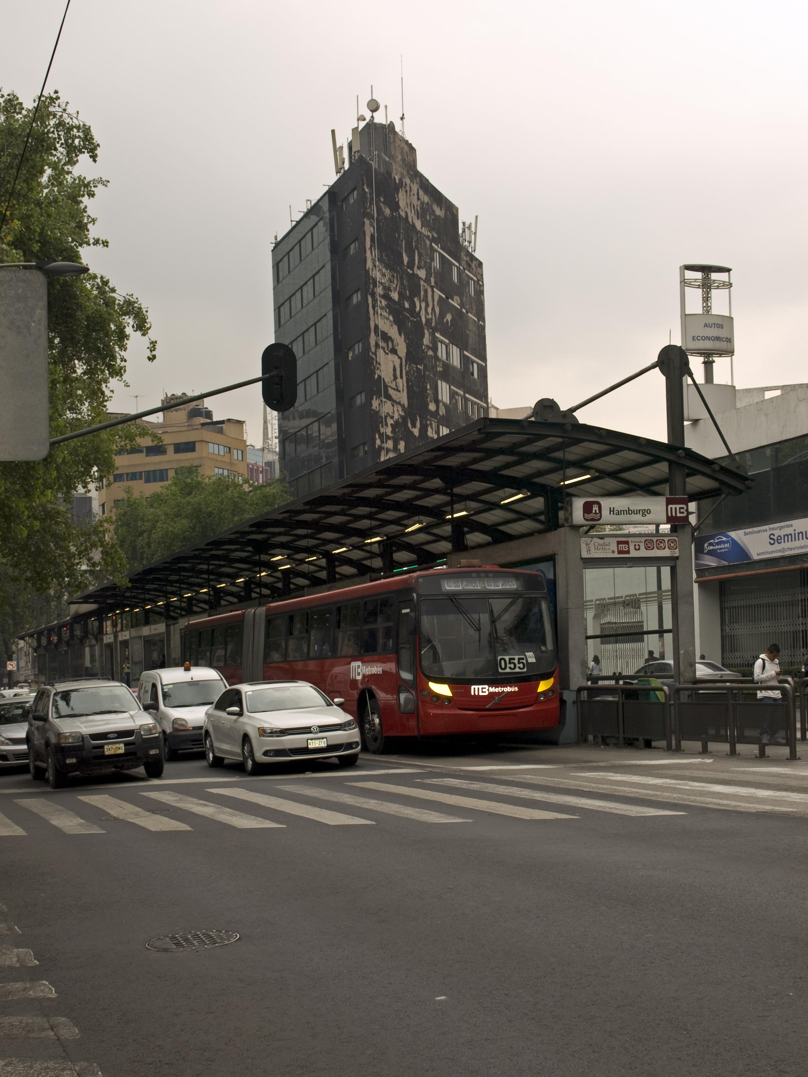 File:Mexico City Metrobus Hamburgo Station.jpg