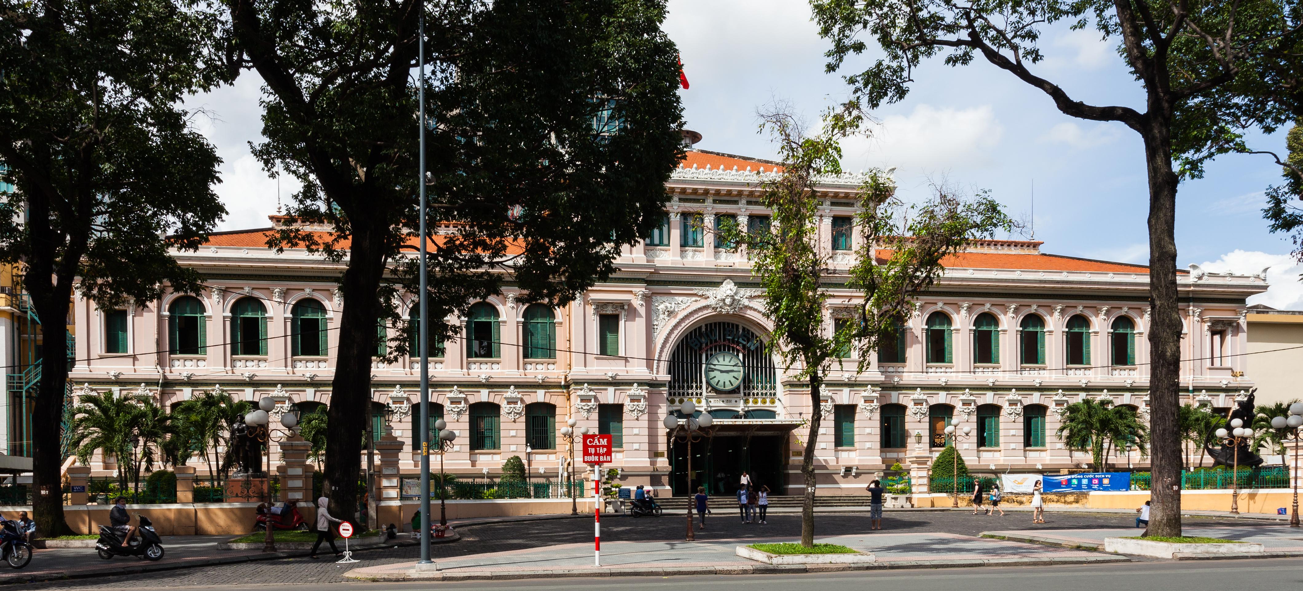 Saigon central post office for Jardin des sens ho chi minh