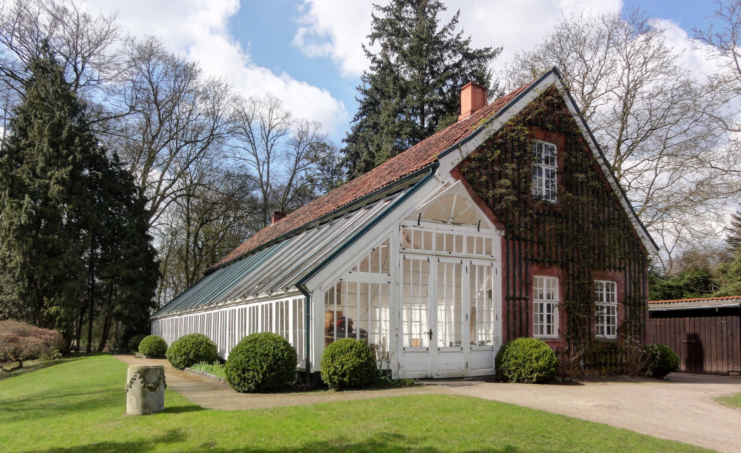 Image gallery orangerie for Greenhouse sunroom addition