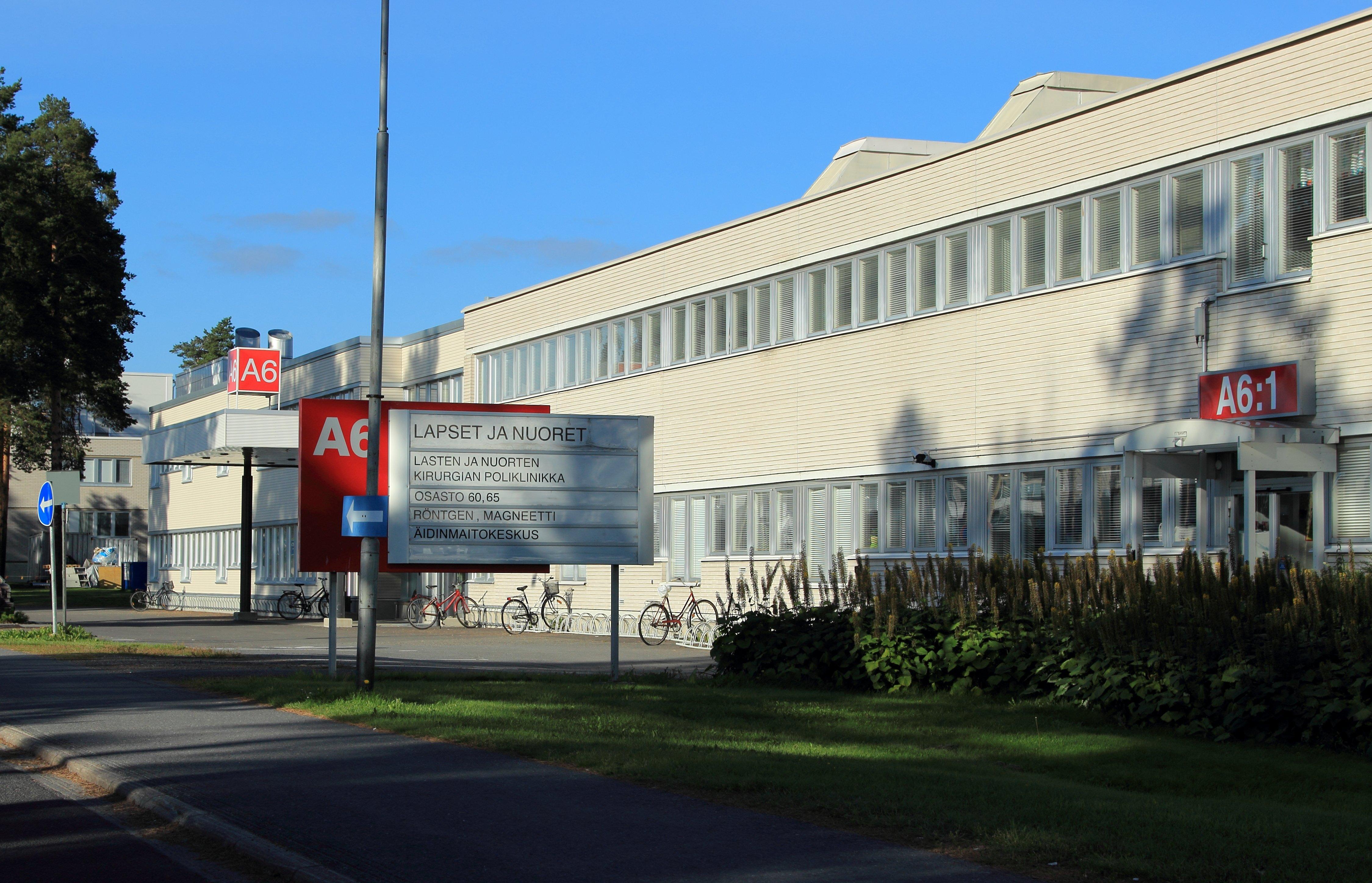 File:Oulu University Hospital 20140830.JPG - Wikimedia Commons