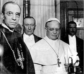File:Pio XI junto a su sucesor, Eugenio Pacelli (Futuro Pio XII).jpg
