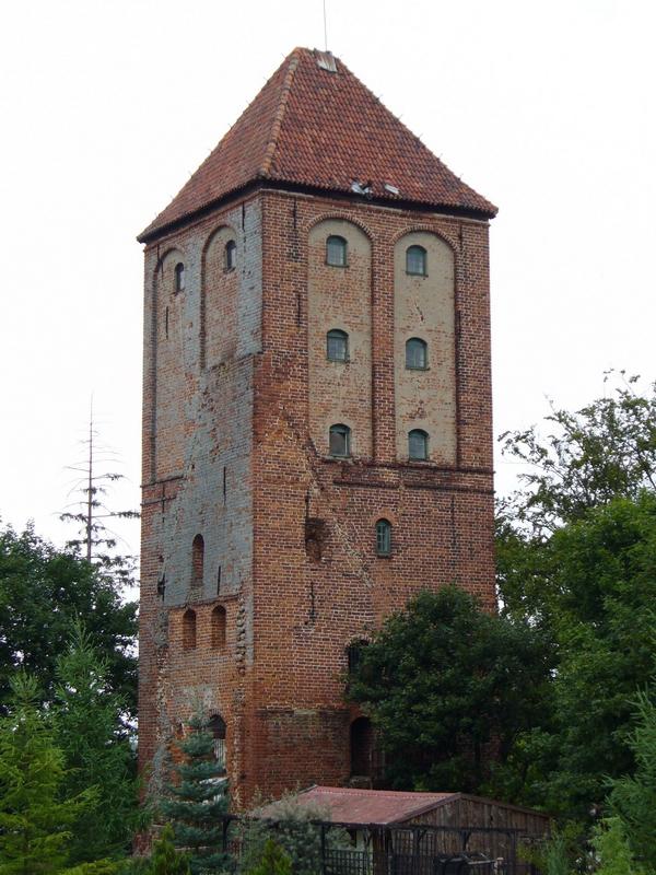 Przezmark_zamek_wieza.jpg