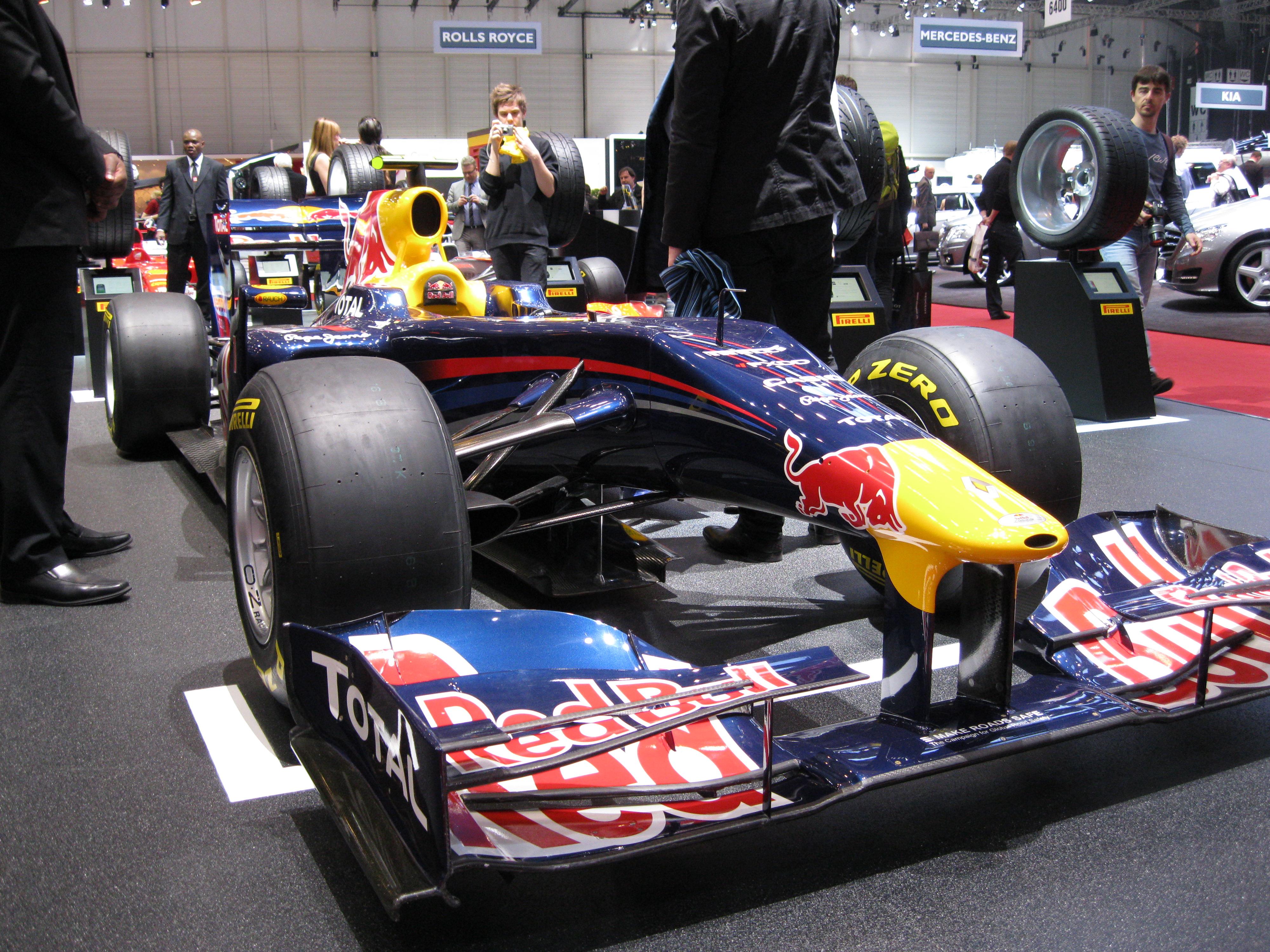 FileRed Bull F1 Geneve 2011