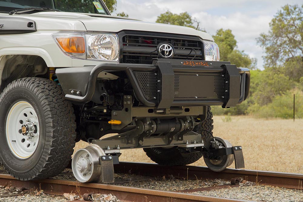 Toyota Land Cruiser Wiki >> File:Road-rail vehicle conversion to Toyota Land Cruiser.jpg - Wikimedia Commons
