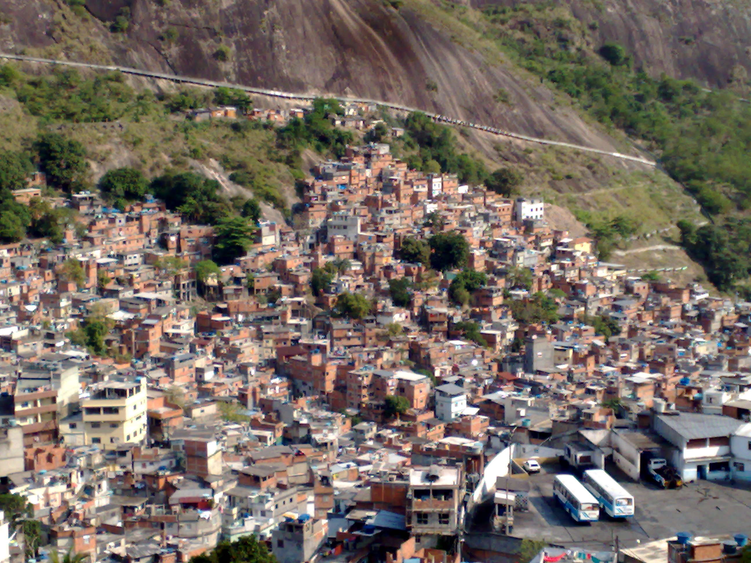 http://upload.wikimedia.org/wikipedia/commons/b/b9/Rocinha_Favela.jpg