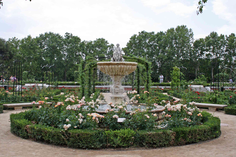 File rosaleda parque del retiro for Parque del retiro madrid