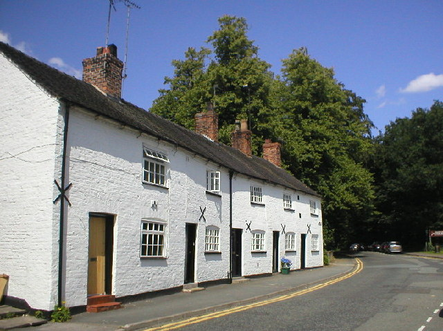 Row of Cottages in Knutsford - geograph.org.uk - 94842