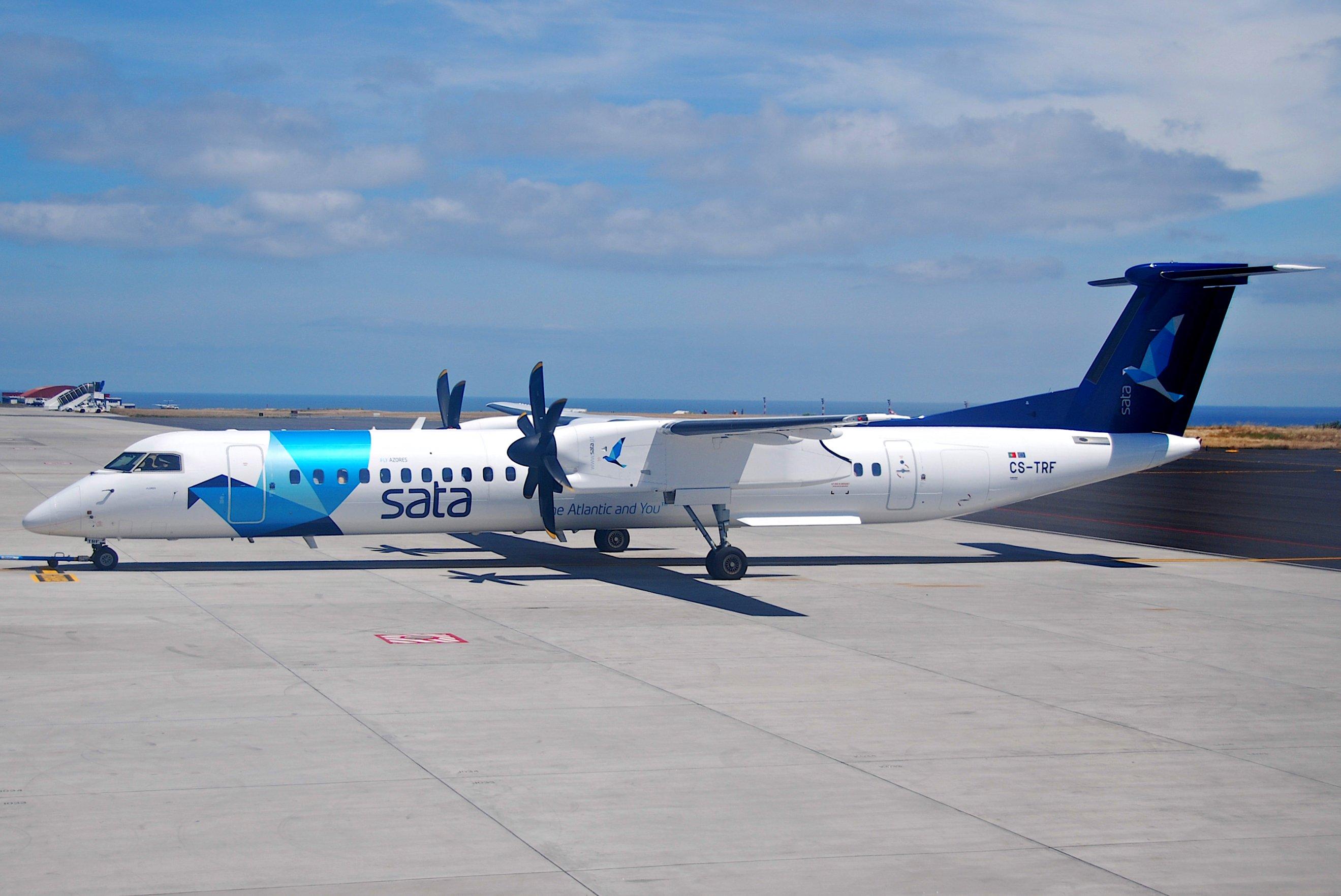 File:SATA Air Açores DHC-8-400 Dash 8