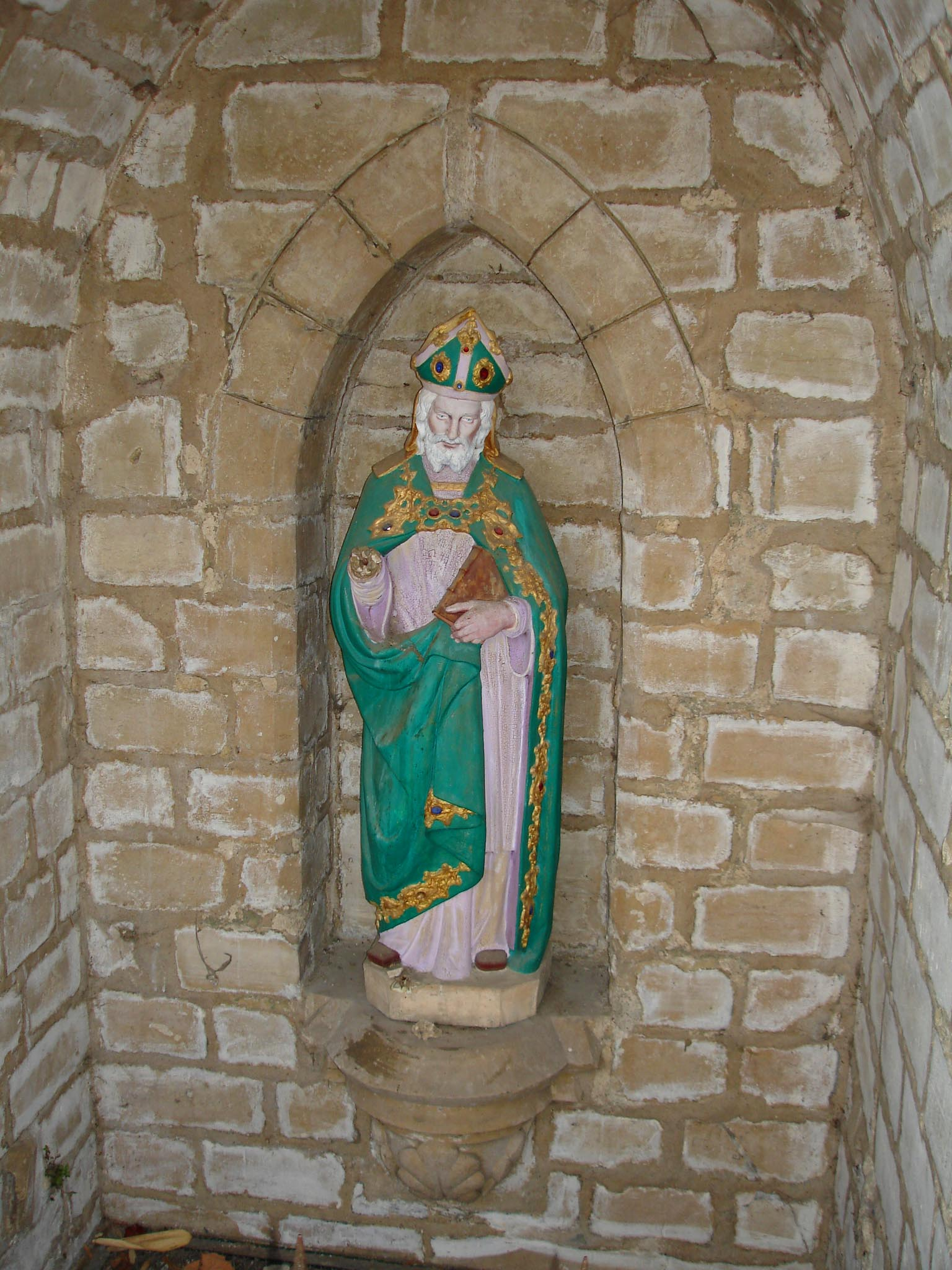 Statue of Saint Præjectus (Saint Pry) at Saint-Prix (Val-d\'Oise), from Wikimedia Commons
