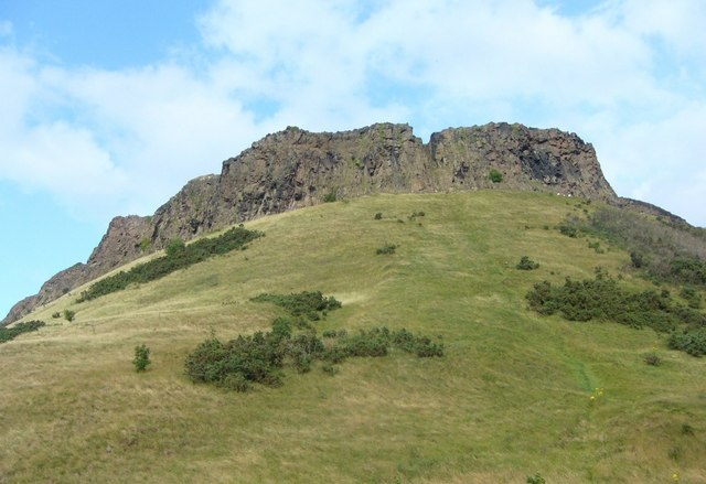 Salisbury Crags, Arthur's Seat - geograph.org.uk - 1417397