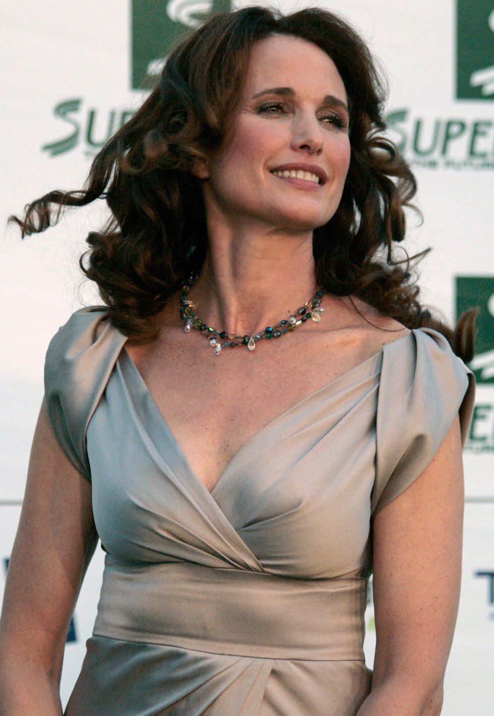 Andie Macdowell Foto file:save the world awards 2009 show07 - andie macdowell