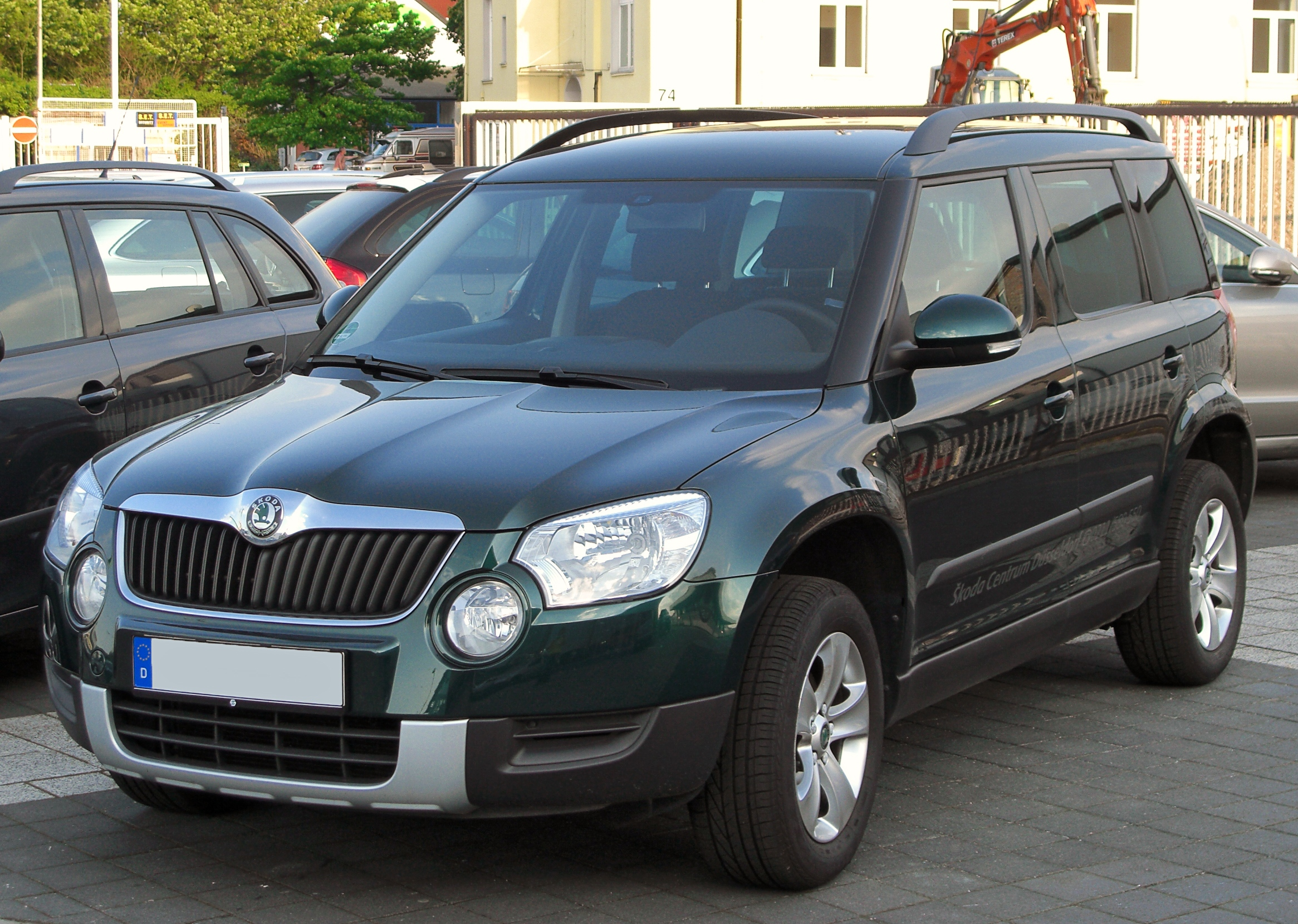 file skoda yeti 2 0 tdi 4x4 front wikimedia commons. Black Bedroom Furniture Sets. Home Design Ideas