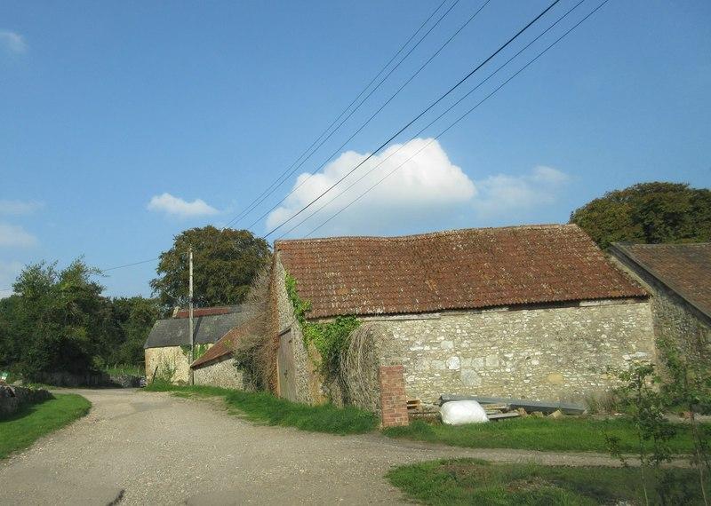 Stone barn - Wayford (geograph 4154959)