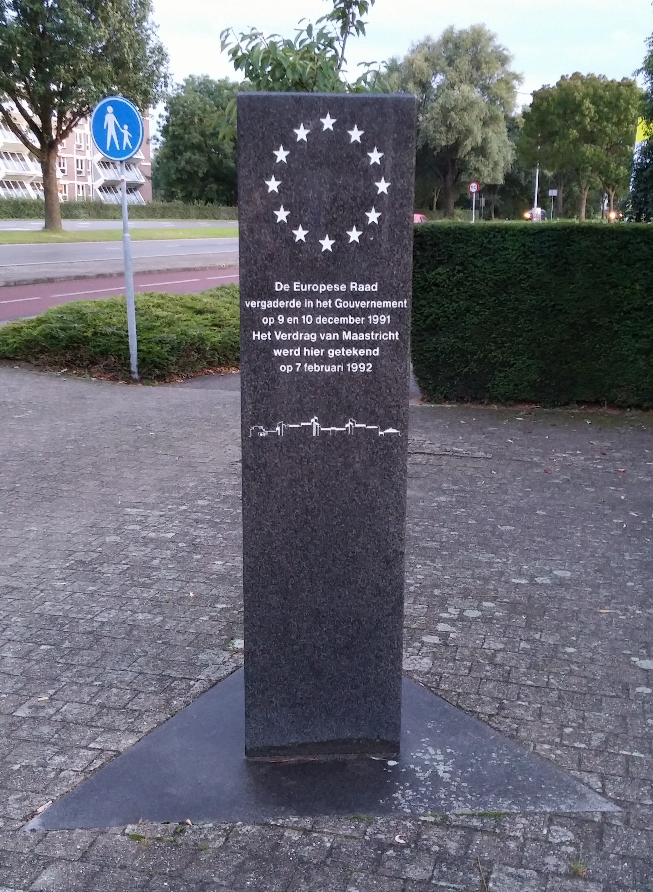 the treaty of maastricht Under the heading of the maastricht treaty on wikipedia, it gives this explanation about the imprtance of this treatythe treaty led to the.