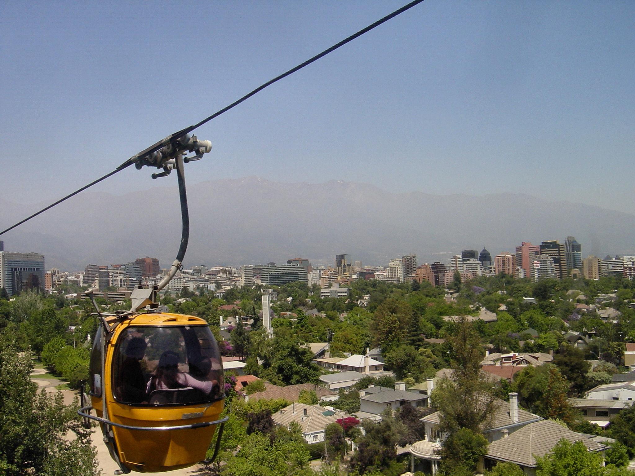 File:Teleférico de Santiago.jpg - Wikimedia Commons