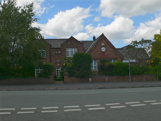 The Old School, Higher Kinnerton - geograph.org.uk - 830725.jpg