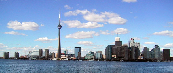 Toronto, Ont. skyline with CN tower