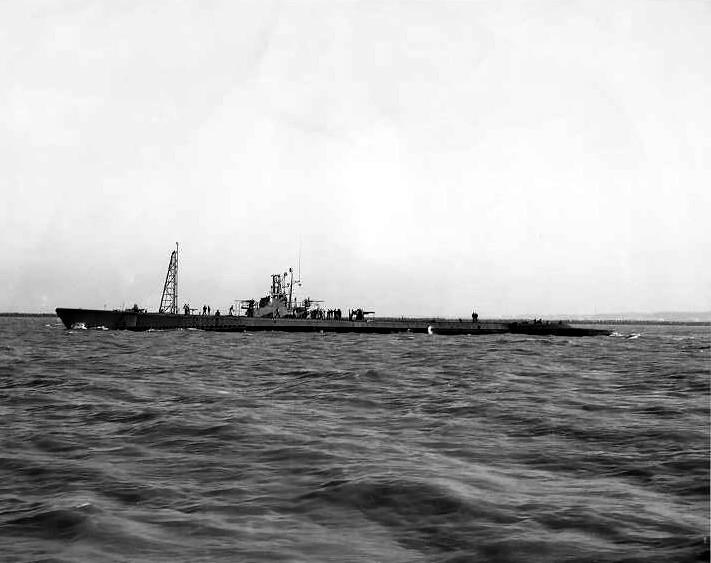 File:USS Flounder (SS-251).jpg