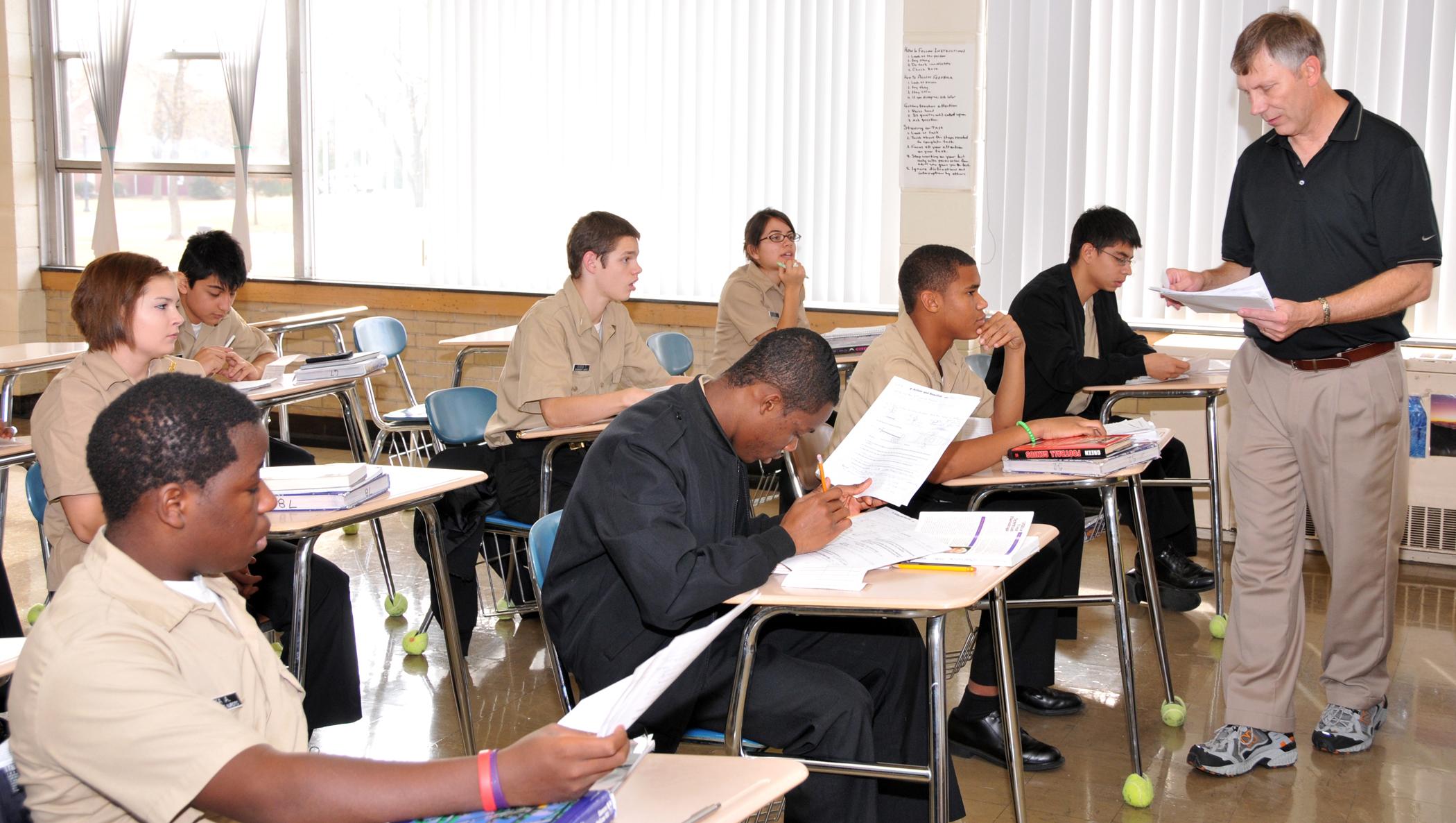 File:US Navy 101110-N-0437M-397 Mooseheart High School science ...