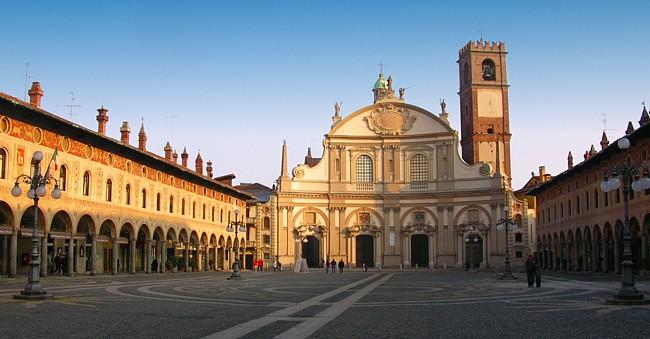 Resultado de imagem para Vigevano