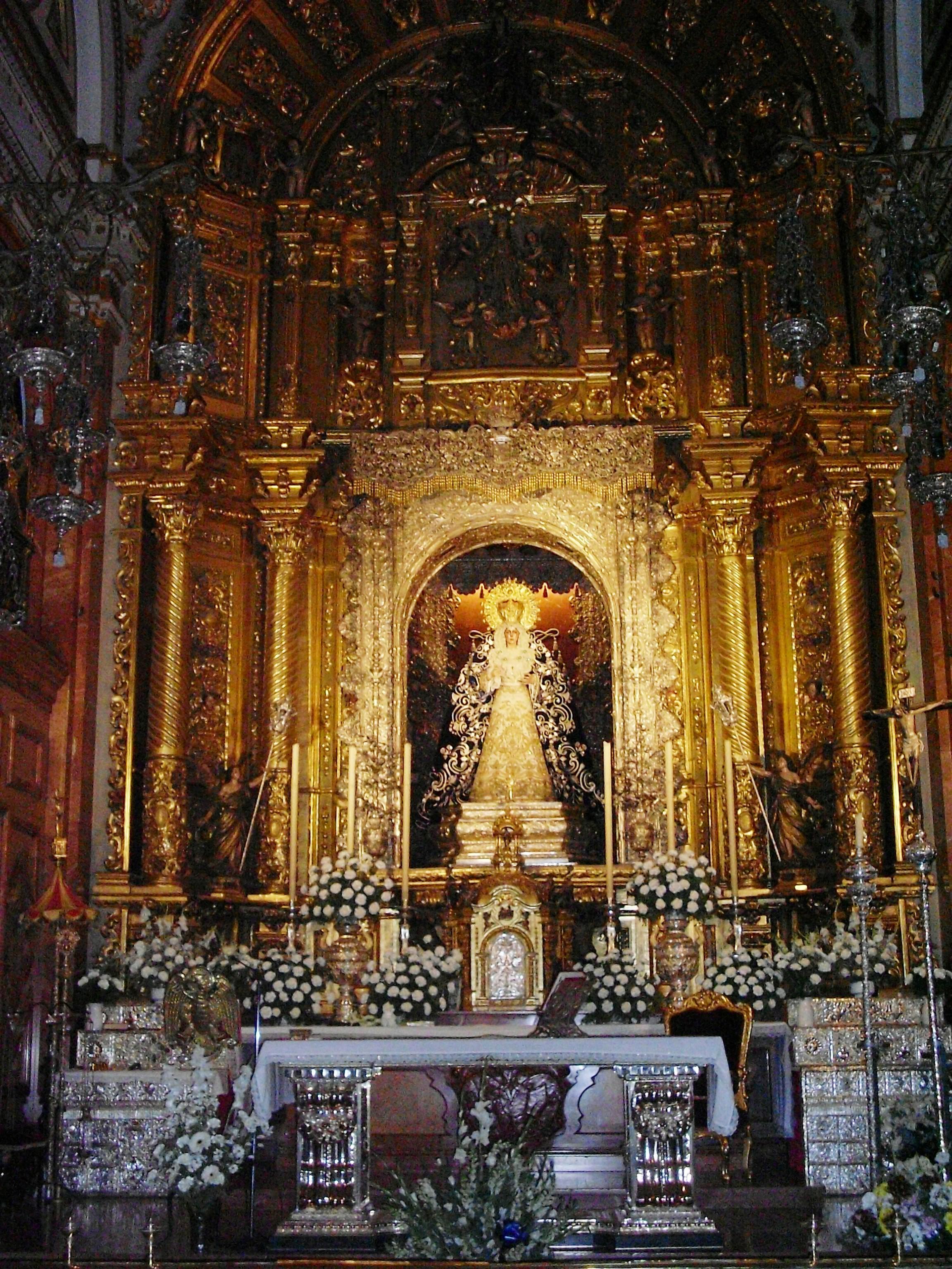 La Virgen De Macarena