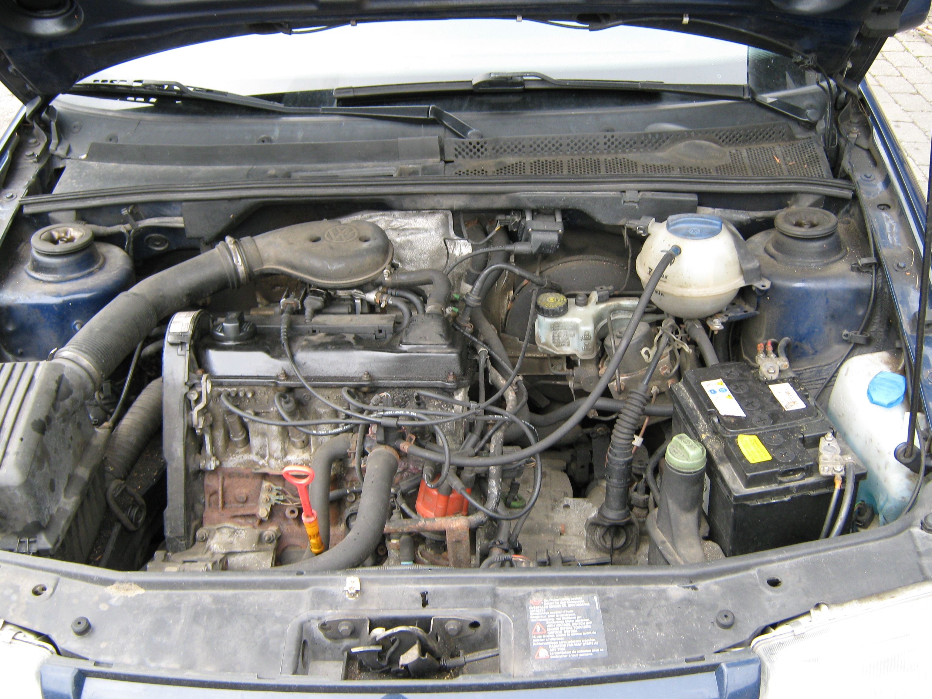 A 90 hp 1.8 engine mounted in a 1997 Volkswagen Jetta