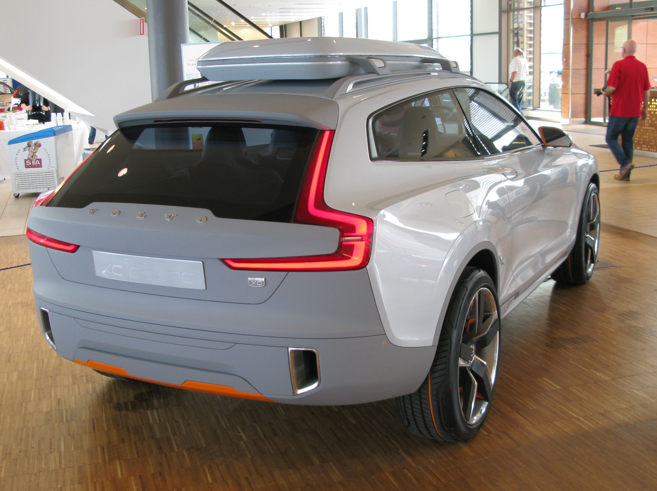 File Volvo Concept Xc Coupe 03 Jpg Wikimedia Commons
