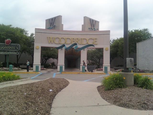 a577b74f4 Woodbridge Center - Wikipedia