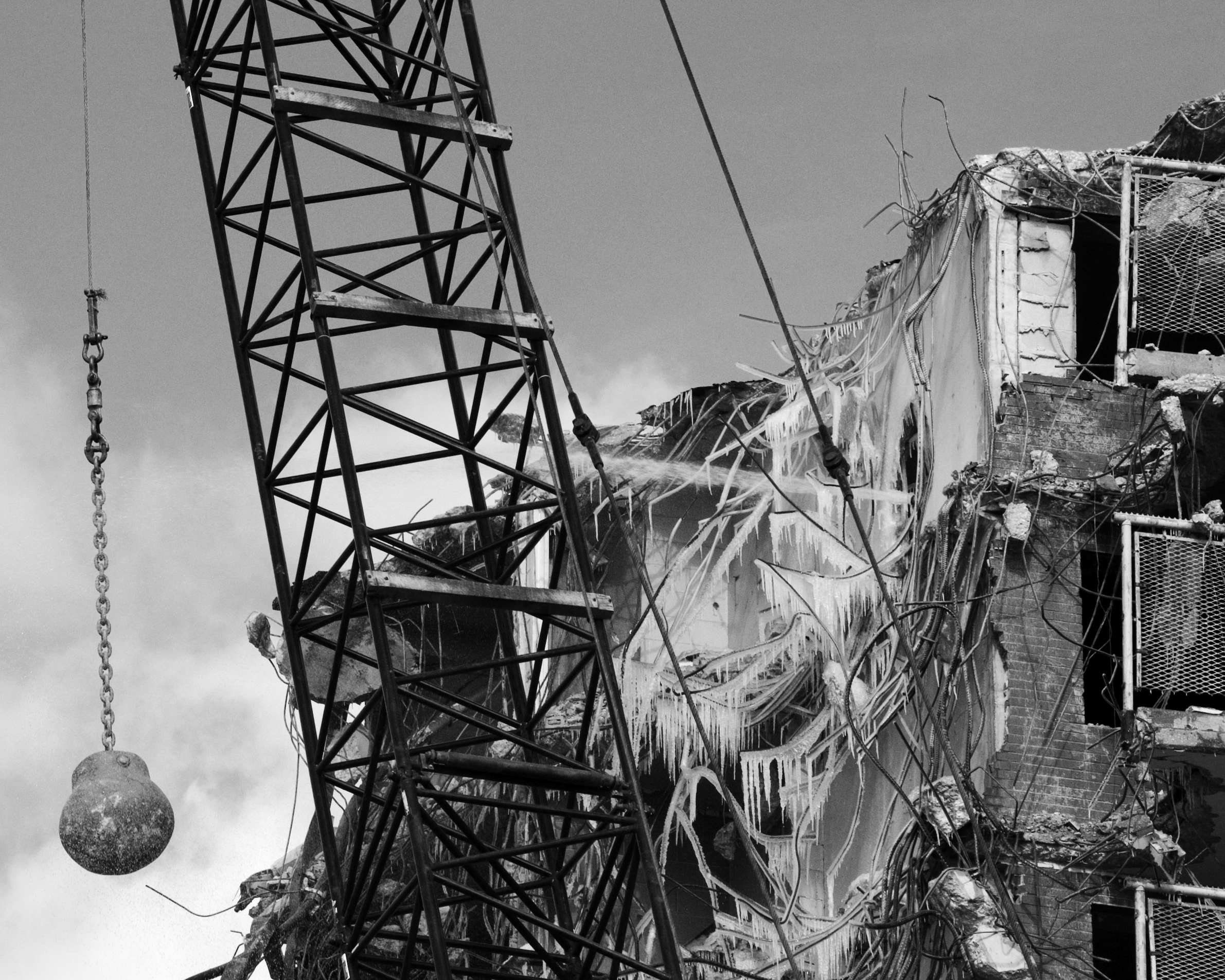 Wrecking Ball Demolition : File wrecking ball g