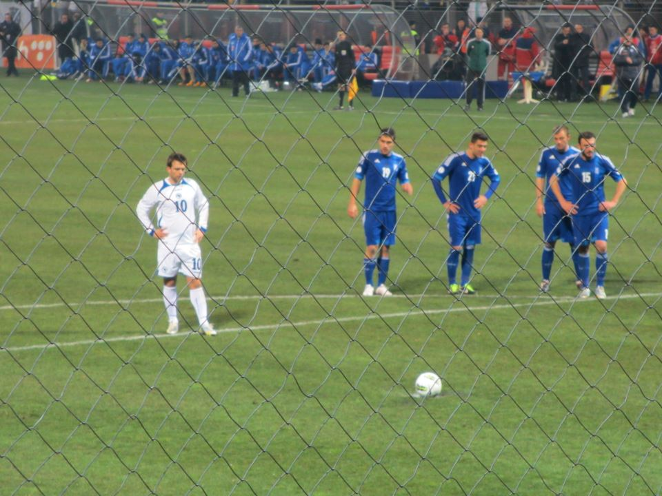 File:Zvjezdan Misimović penalty kick vs Greece.jpg ...